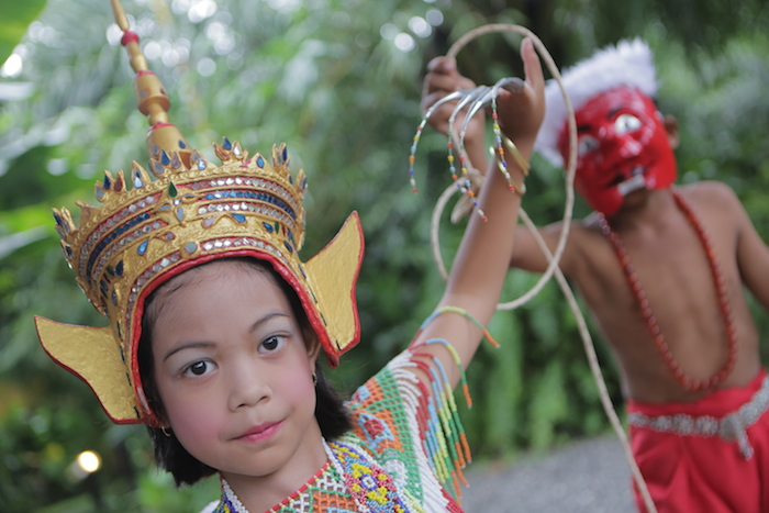Local dancer Anurak Nora Traditional Khao Sok Dance